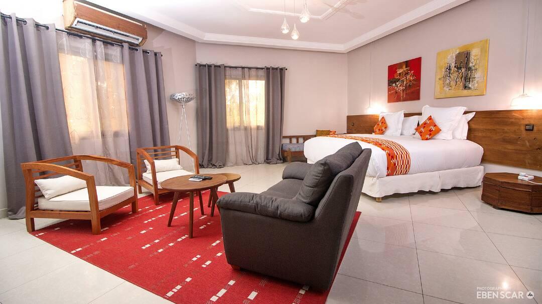 <p>Nos chambres vous procurent du confort et de la douceur</p>